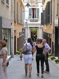 genoa, old town, shopping street